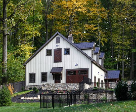 garages that look like barns garages that look like barns http garage doors that look like barn doors pictures amp ideas