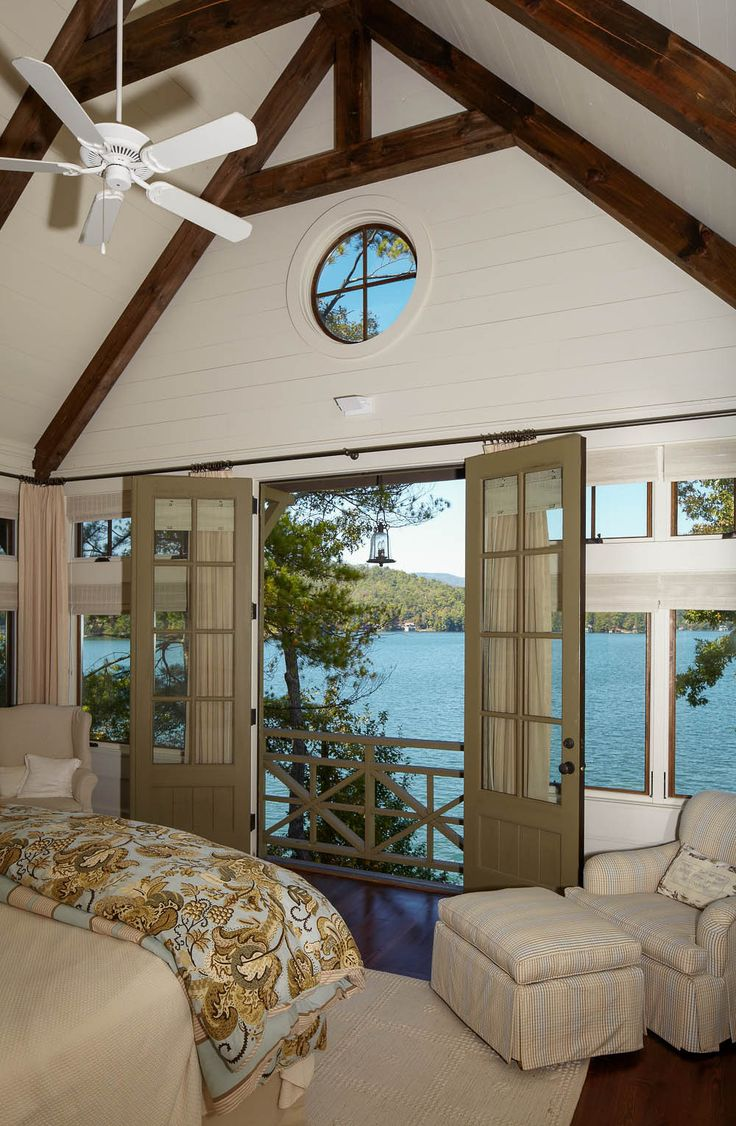 Lake house living room decor - Lake House Bedroom Balcony With A View