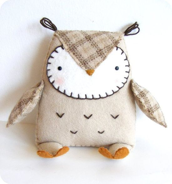PDF pattern - Felt owl softie. DIY easy sewing | http://best-stuffed-animals-family.blogspot.com