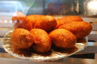 Food So Good Mall: Puerto Rican Alcapurrias