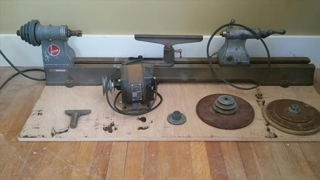 Photo Index - Delta Manufacturing Co. - old delta wood lathe | VintageMachinery.org