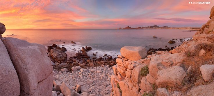 Sunrise at Los Cabos  #josafatdelatoba #cabophotographer #sunset #panoramic #cabosanlucas #Bajacaliforniasur  #arch  #loscabos