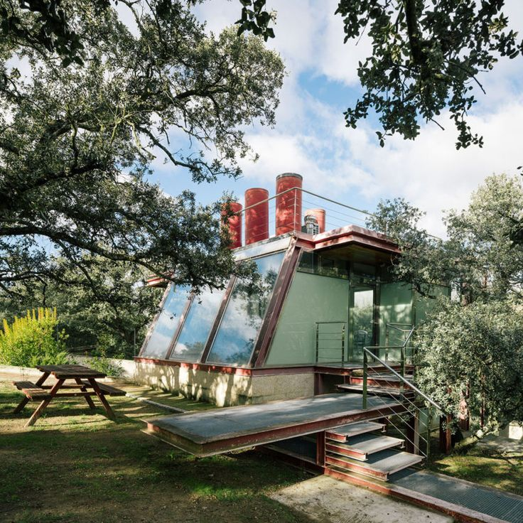 PENELAS ARCHITECTS Design A Glass Home In Las Rozas, Madrid, Spain