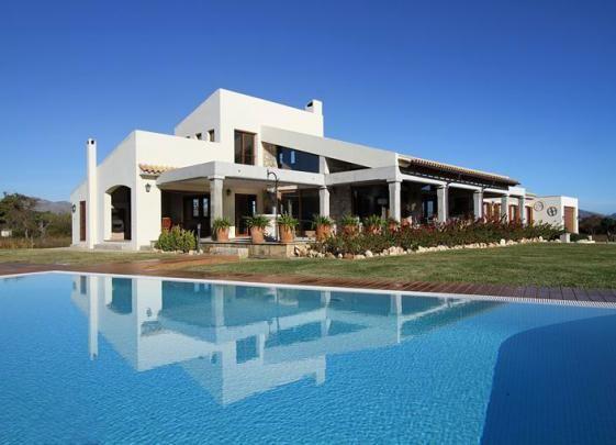 Villa en Alcudia, Mallorca #vacaciones #alquiler #casas