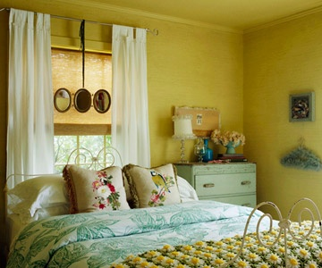 Cottage-y...love the color scheme.  Wouldn't normally go for that wall color but love it with the aqua.