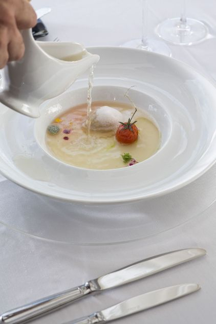 Outstanding gastronomic delights on a perfect setting #eloundagulf #elounda #crete