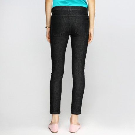 88 Skinny-Fit Denim Crops in Jet Black