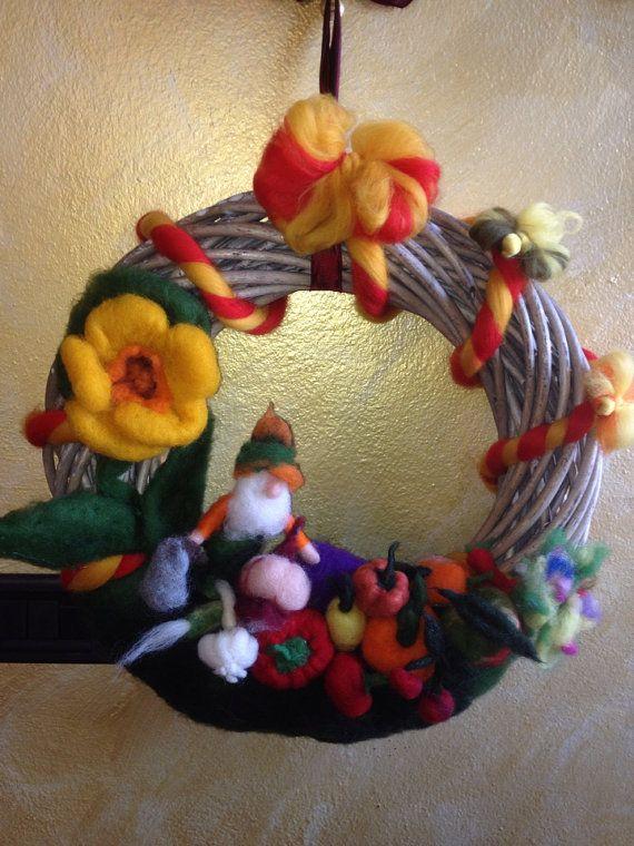Ghirlanda estate in lana fiaba e cardata di CreazioniMonica