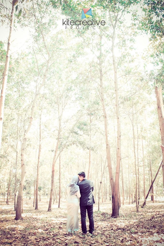 project for prewedding and wedding photography in the Indonesian city of Semarang.