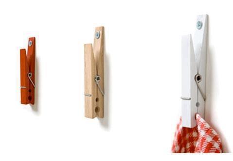Hoe simpel maar oh zo handig.. wasknijpers als theedoek haakjes voor in de keuken. DIY! www.printle.com