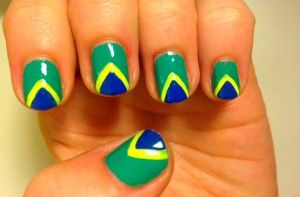 Step-by-step Brazil flag nails - Brazil flag nails