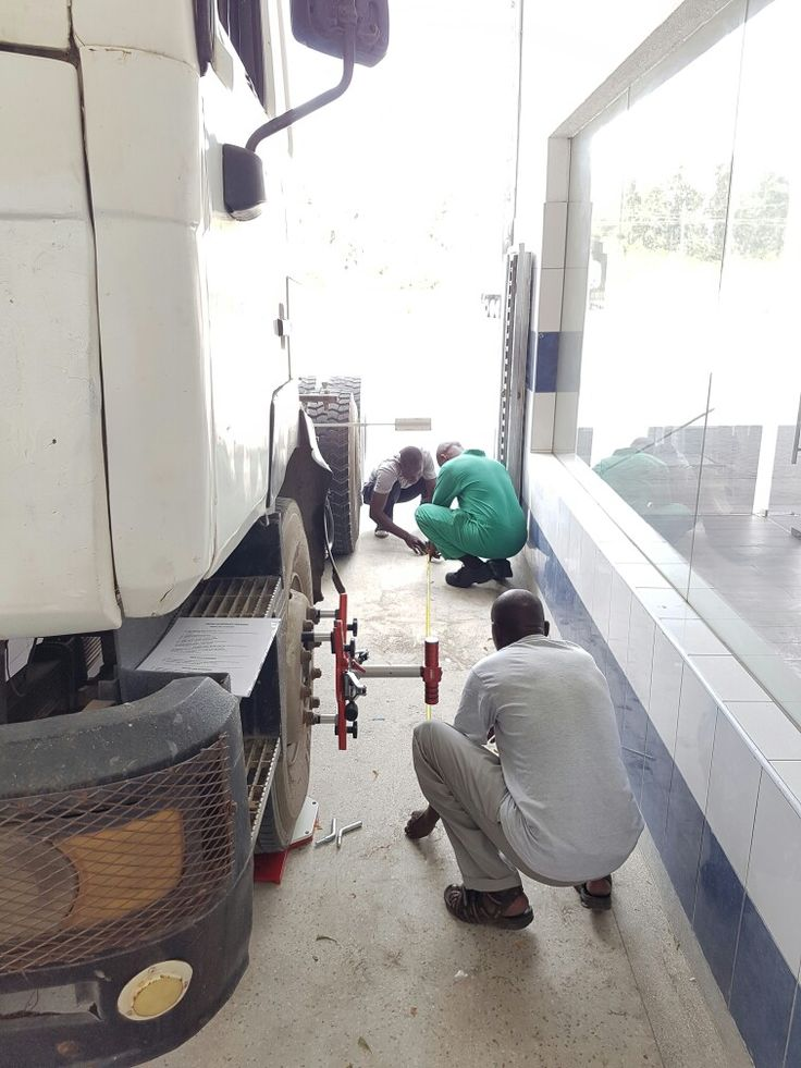 Haweka Axis 500 Lazer Truck Aligner