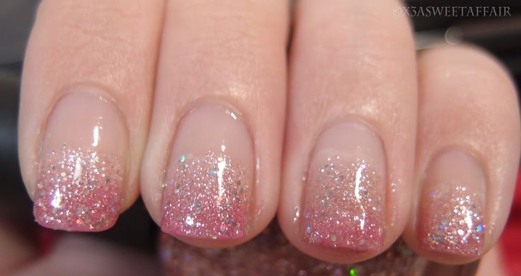 SweetAffair: Naturally Nails: Pink ombre glitter | Follow @sophieeleana