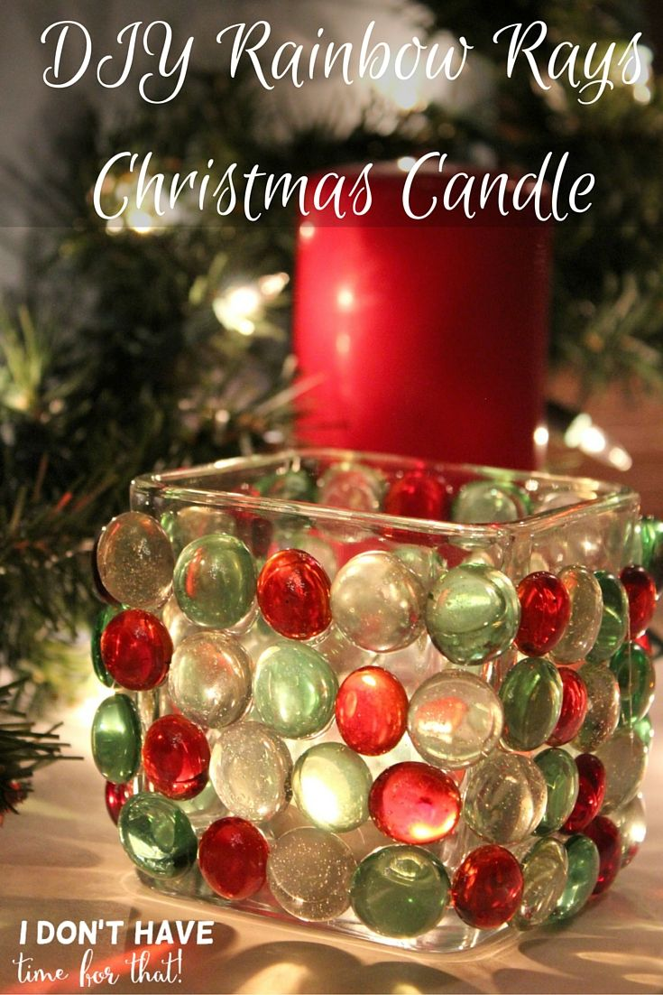 Looking to give a unique gift this Christmas? On a budget?This is a simple Christmas craft and makes a great gift idea all with items that can be found at your local dollar store!