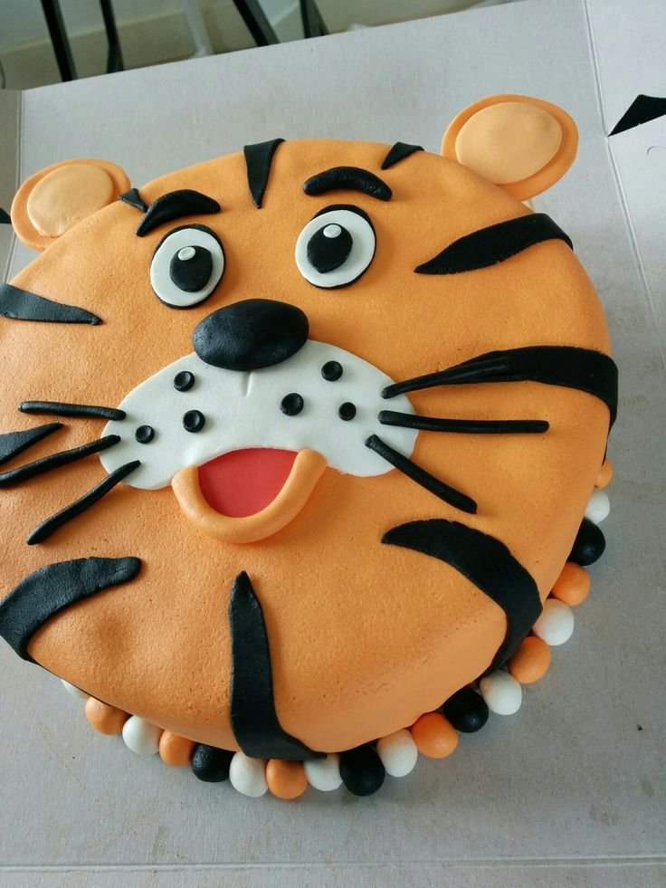 Tiger cake / tijger taart by Hermien