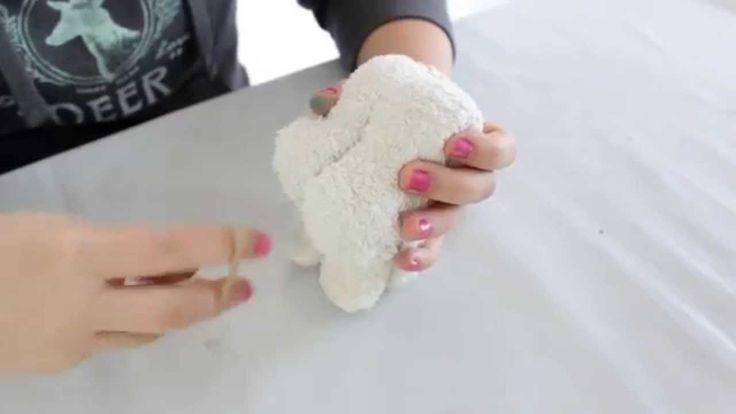 Handtücher   Hund aus Handtuch bastel   handtücher besticken   handtüche...