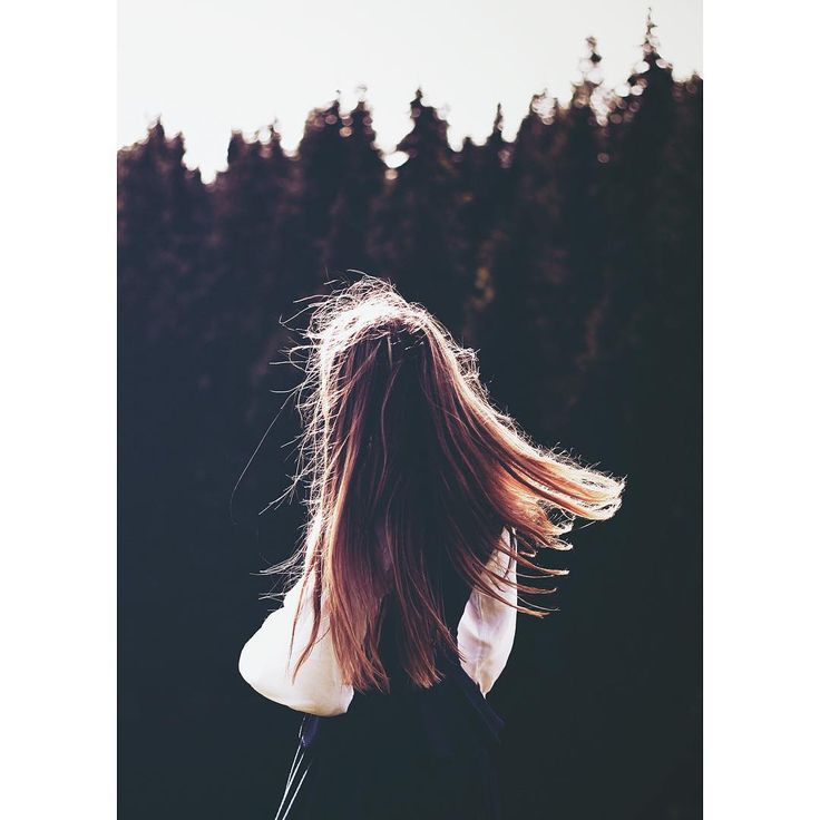 #photography #sært #foto #hår #hair #alternativt #portrait #forest #photographer #photographyislifee #style #happy #photo #shoot #fun #view #nature #naturlig #light #wind #hjortlandphotography