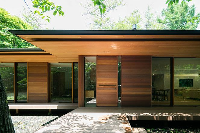japanese modernist house - Kidosaki Architects - Yokouchi Residence - front