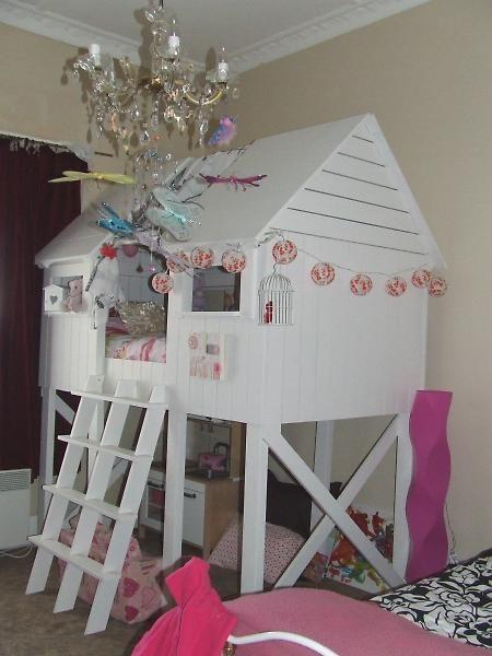 Love this DIY bed design by Ana White! http://ana-white.com/2011/09/beach-hut-bed