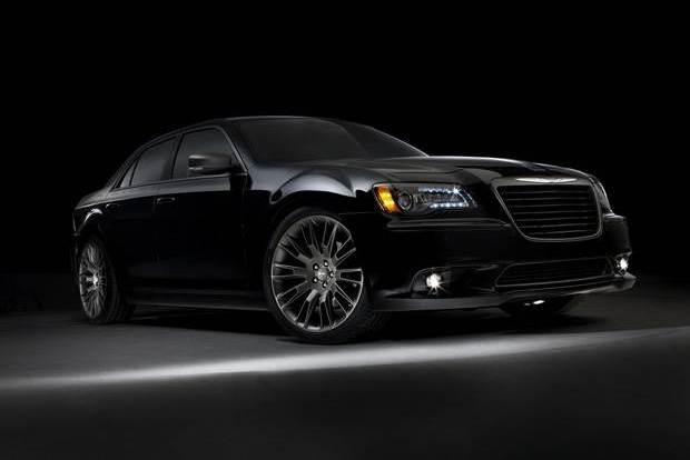 Chrysler ve John Varvatos 2013'ü özel bir tasarımla karşılıyor.