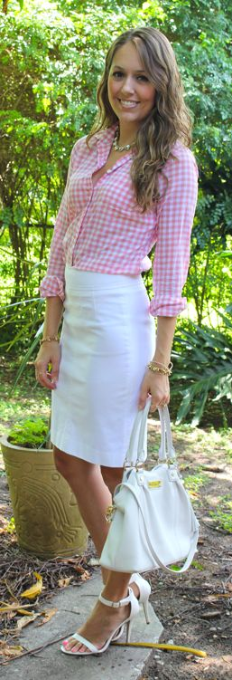 Pink Gingham Outfit - Top: J.Crew Factory | Skirt: Banana Republic | Shoes: Windsor Store