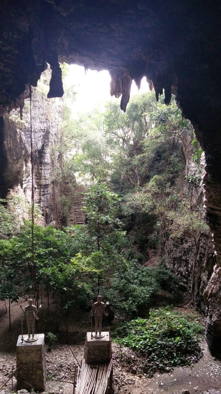 Battambang Bat Caves, Battambang: Veja 942 avaliações, dicas e 332 fotos de Battambang Bat Caves, classificação de Nº 2 no TripAdvisor entre 48 atrações em Battambang.
