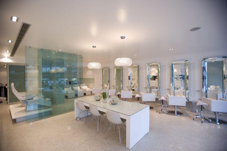 pretty beauty salon interior design