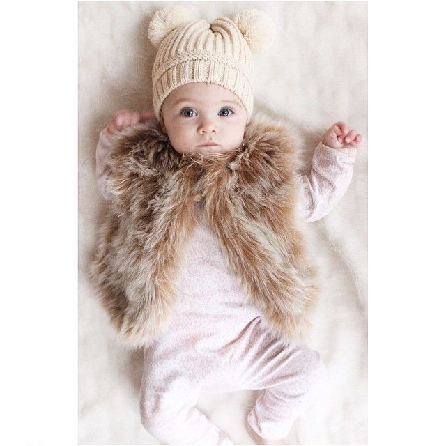 """Little S & Co. on Instagram: """"We hope you're all spending your Sunday night as warm and cosy as this little winter bunny is a quick reminder there are just a couple days left of our EOFY sale, enter STOCKTAKE30 at the checkout to receive 30% off all full priced winter stock (see previous posts for t's & c's) x #latergram #littlesandco #sale #countryroadstyle #sundaythelabel #meenyminy"""""""