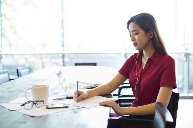 Creative content writers essay