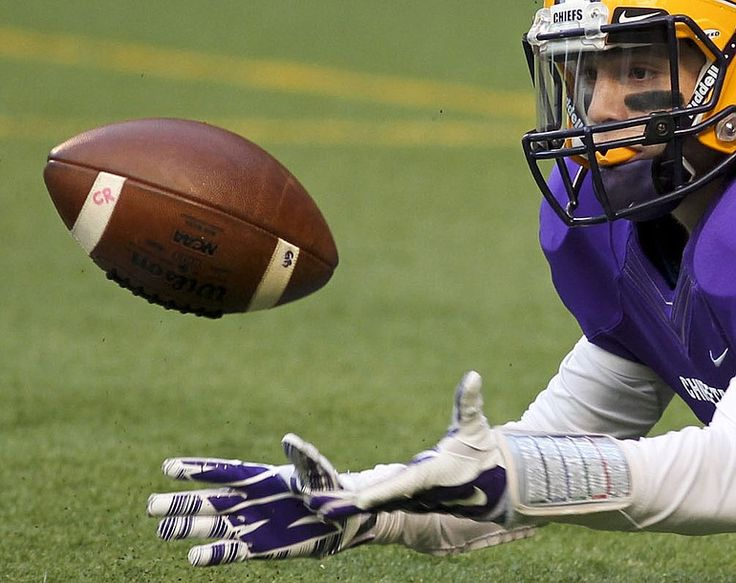 Links to 2015 high school football schedules for Southwest Washington | The Columbian
