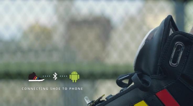 los nuevos ¨zapatos parlantes¨ de Adidas con Google