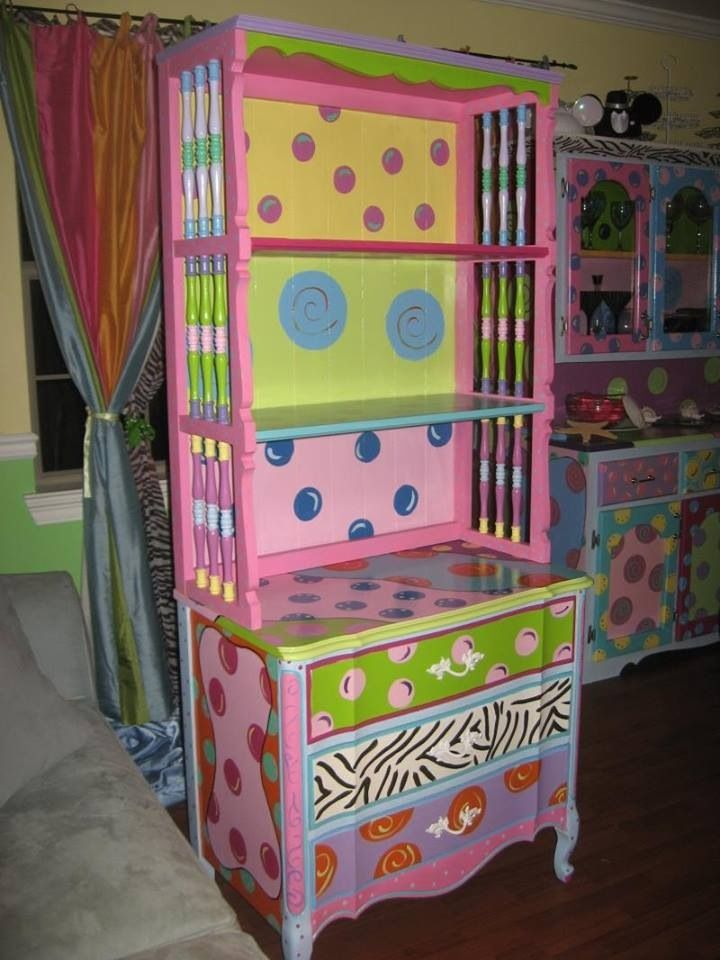 Top 25 best funky painted furniture ideas on pinterest for Funky bedroom furniture