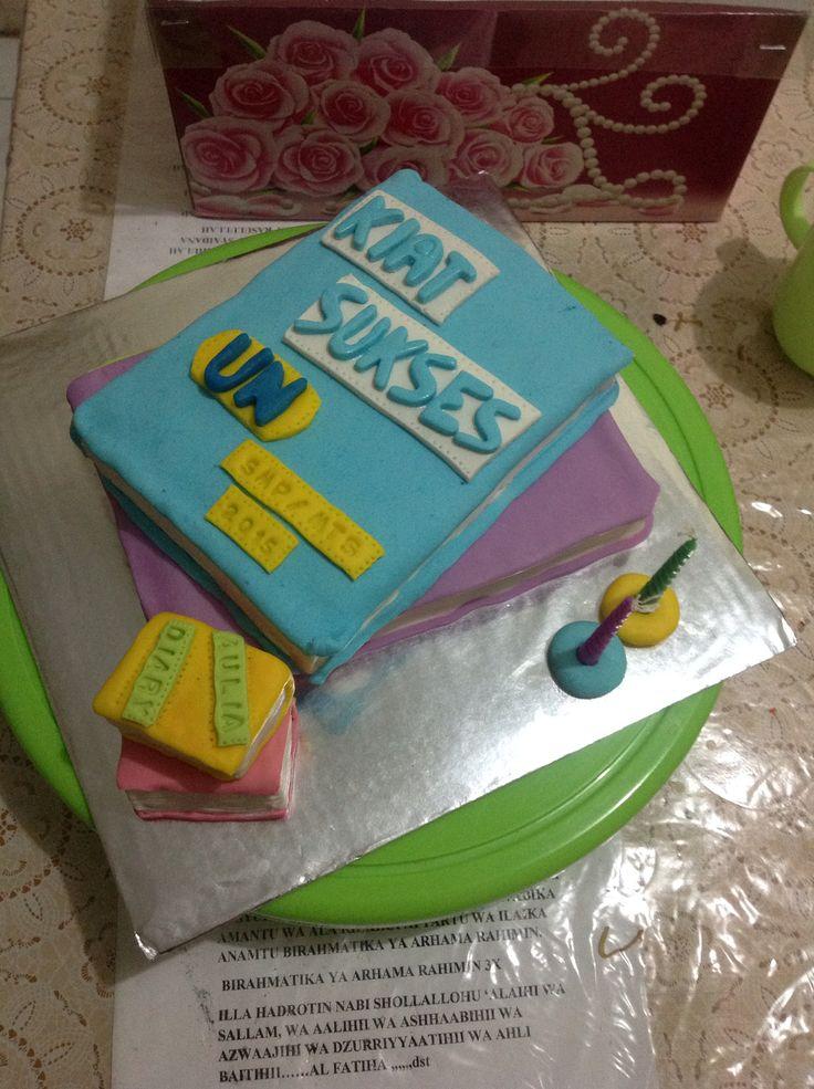 Aulia bday cake