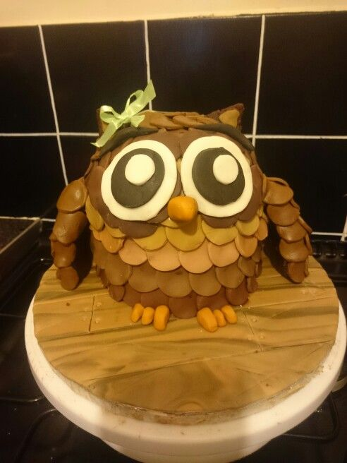 My baby girls owl cake :)