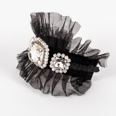 The Chelsea Girl Wrist Cuff from our latest #siennalikestoparty #luxjewels collection.  A fabulous accessory for any little princess's wrist.  available online www.siennalikestoparty.com