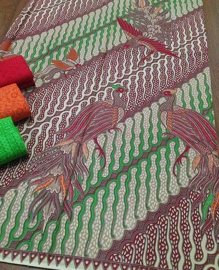 Batik print katun halus + embos @145.000 Batik 200x115 @100.000 Embos 190x100 @60.000 Ambil banyak harga grosir Minat WA 0819-821764 Line Lechis #batikmodern #seragamkeluarga #seragamnikah #seragammanten #embos #jualkain #jualkainbatik