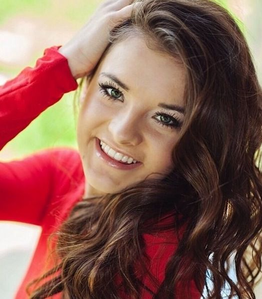 who is brooke from dance moms dating Brooke hyland is a young dancer and singer  who is a dancer in abby lee dance company however, now she's dating nolan  what were her successes on dance moms.