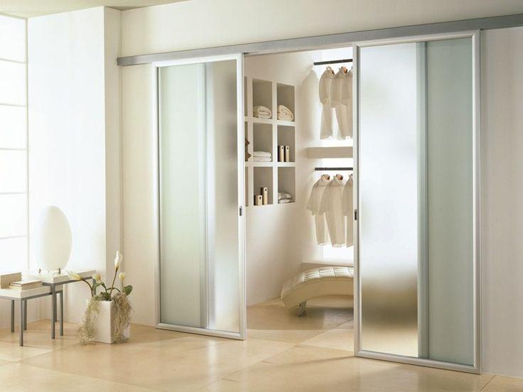 Las 25 mejores ideas sobre puertas corredizas de vidrio for Puertas madera y cristal interior