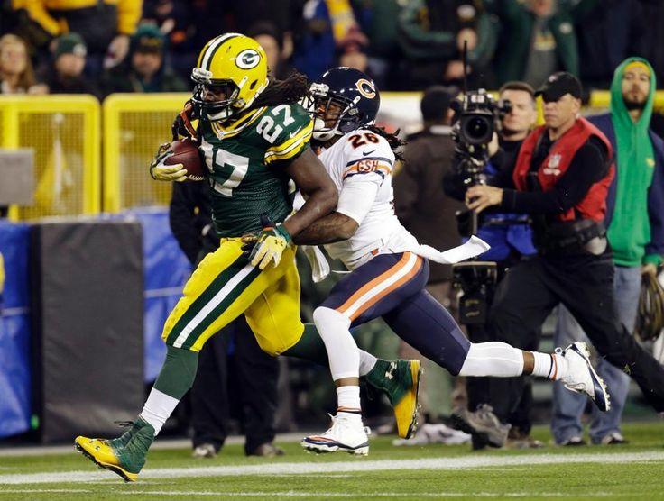 Bears Packers Football Tim Jennings, Eddie Lacy