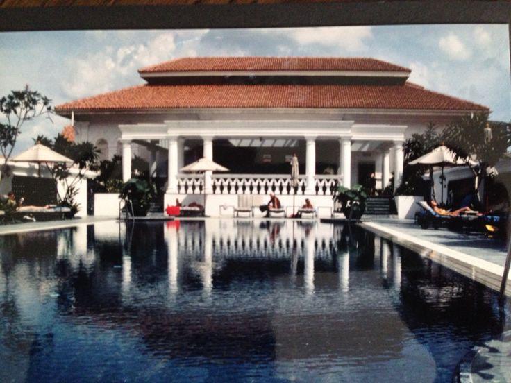 Prachtig zwembad op het dak van de Raffles!