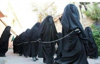 ISIS Female Police Disfigure 15 Women With Acid for Not Wearing Niqab - AhlulBayt News Agency - ABNA - Shia News