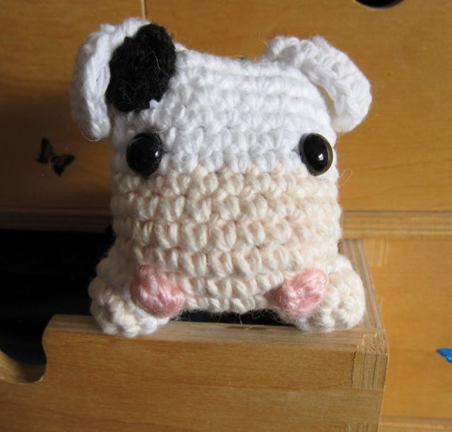 Spring is in the air and what better way to celebrate than to crochet a cute buddy to keep you company! Whenever I drive by farms, I alw...