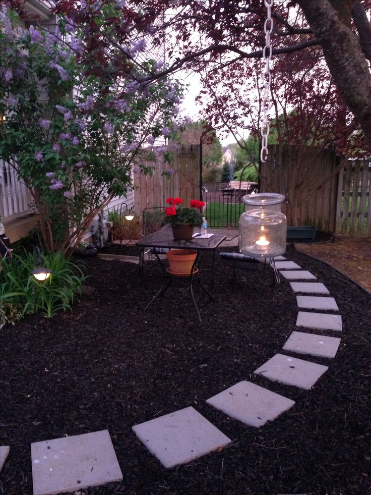 mulch pathway in our front yard  easy and inexpensive  in 2019