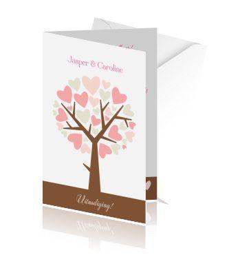Jubileumkaarten maken met een boom met hartjes. Een jubileum huwelijk uitnodiging maken.