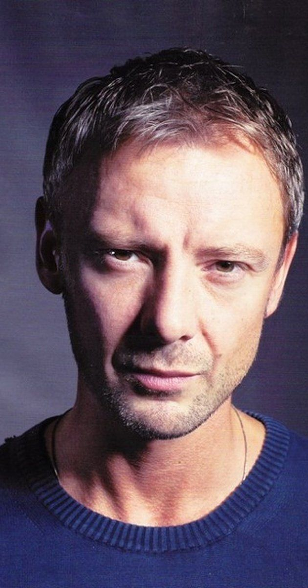 Pictures & Photos of John Simm - IMDb