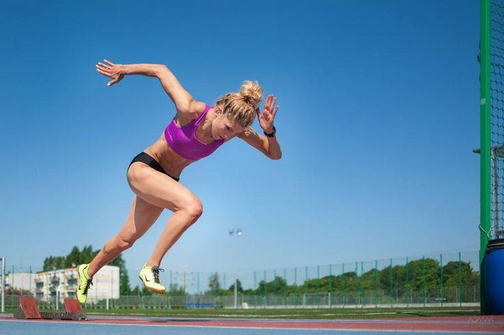 Agata Bednarek - urodzona w Smaszkowie koło Blaszek, wielokrotna reprezentantka kraju, zawodniczka AZS Łódź, jest pięciokrotną mistrzynią Polski w biegu na 400 metrów (w tym raz w hali). #sportowelodzkie #Bednarek