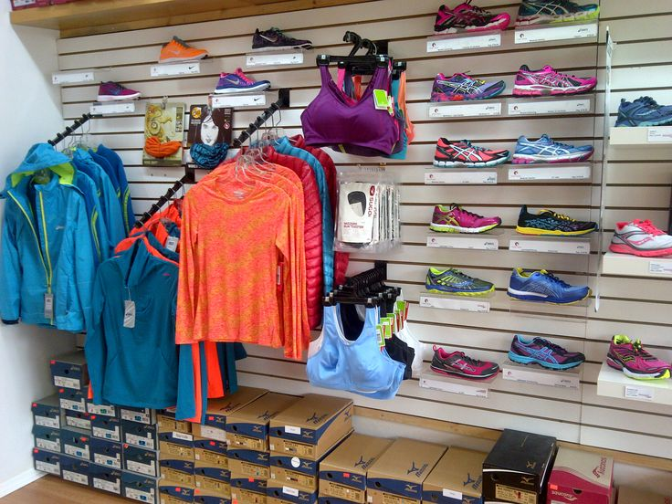 Great colours - who said working out meant you can't look good while doing it? #shopthehoodburl #BurlON #Burlington