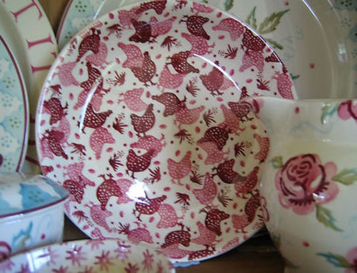 Emma Bridgewater Studio Special Pink Hens Pasta Bowl decorated by Lynsey