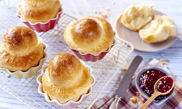Francuskie bułeczki śniadaniowe