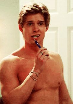 DREW VAN ACKER / ACTOR / MODEL ! SHIRTLESS !
